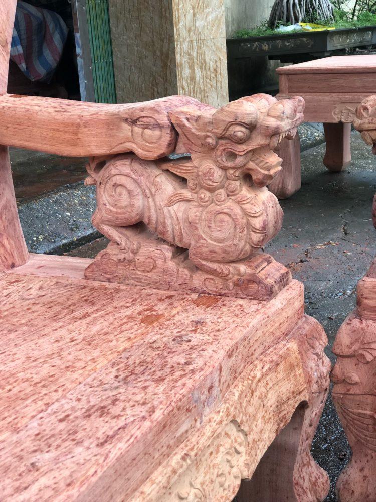 Tay đục bộ minh quốc nghê 3 đầu 10 món cột 12 vách tam sư gỗ hương đá