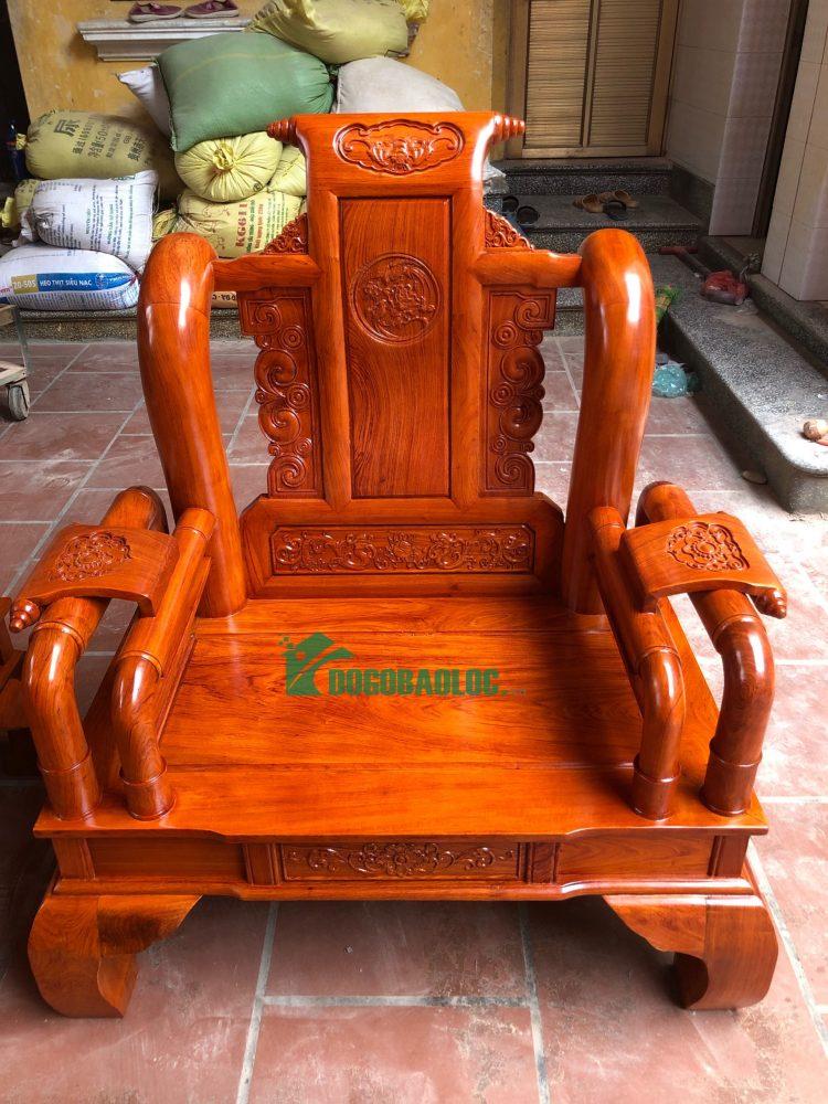 ghế đơn bộ ghế tần thủy hoàng 6 món cột 10 bàn đục gỗ hương đá VIP