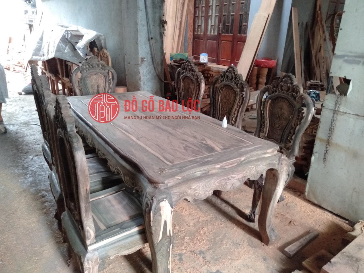 Bộ Ghế Ăn Luois Hoa Hồng Gỗ Mun Lào
